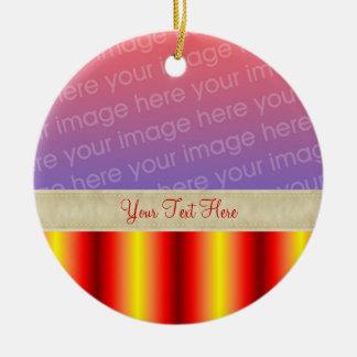 El amarillo rojo raya su ornamento de la foto adorno de navidad