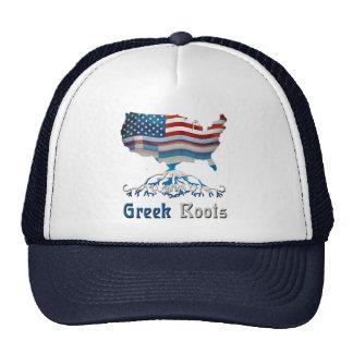 El americano arraiga el gorra de la ascendencia