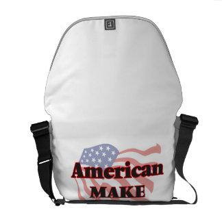 El americano compone al artista bolsas de mensajería