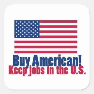 El americano de la compra mantiene trabajos los calcomanía cuadradas