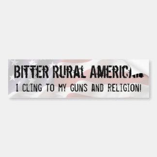 El americano rural amargo se aferra en los armas y pegatina para auto
