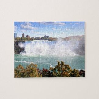 El americano se cae en Niagara Falls Puzzle