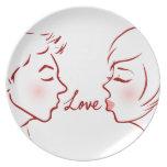 El amor besa la placa plato