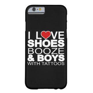 El amor calza a muchachos de los licores con los funda de iPhone 6 barely there