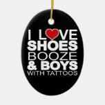 El amor calza a muchachos de los licores con los t adornos de navidad