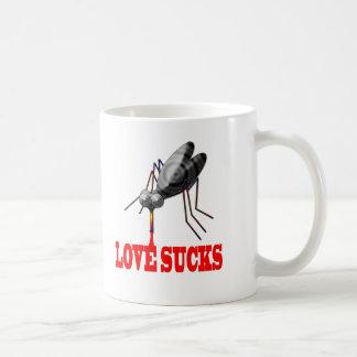 El amor chupa las camisetas y los regalos taza de café