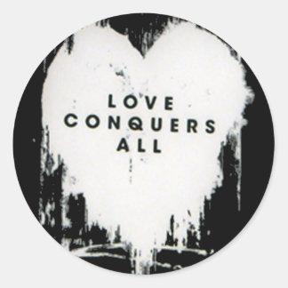 El amor conquista todos pegatina