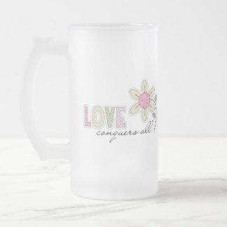 El amor conquista todos taza de cristal