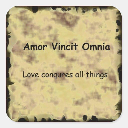 El AMOR de Amor Vincit Omnia del latín CONQUISTA Pegatina Cuadrada