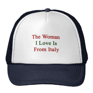 El amor de la mujer I es de Italia Gorras