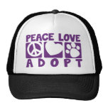 El amor de la paz adopta gorro