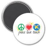 El amor de la paz enseña imán de frigorifico