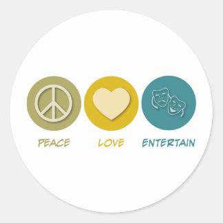 El amor de la paz entretiene pegatina redonda