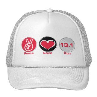 El amor de la paz funciona con 13,1 millas gorro