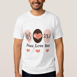 El amor de la paz funciona con la media camiseta d playeras