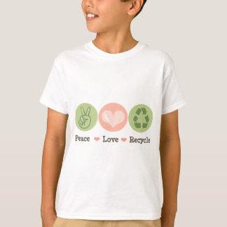 El amor de la paz recicla la camiseta de los niños