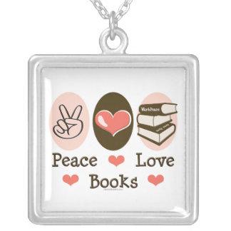 El amor de la paz reserva el collar