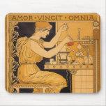 El amor de Nouveau del arte del vintage conquista  Alfombrilla De Raton