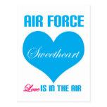 El amor del amor de la fuerza aérea está en el air postales