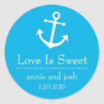 El amor del ancla del barco es las etiquetas dulce pegatina redonda