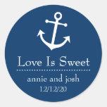El amor del ancla del barco es las etiquetas etiquetas redondas