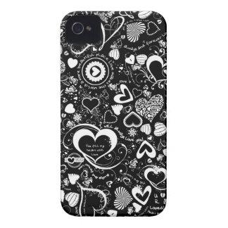 El amor del corazón Doodles negra y Blanca-iPhone