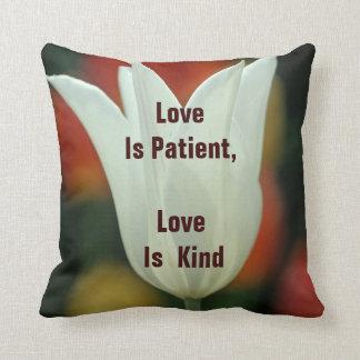 El amor es almohada paciente cojín decorativo