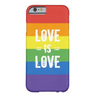 El amor es amor - ame la bandera del arco iris de funda de iPhone 6 barely there