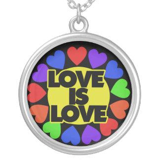 El amor es amor colgante redondo