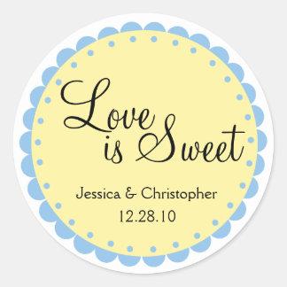 El amor es - borde horneado a la crema y con pan pegatina redonda