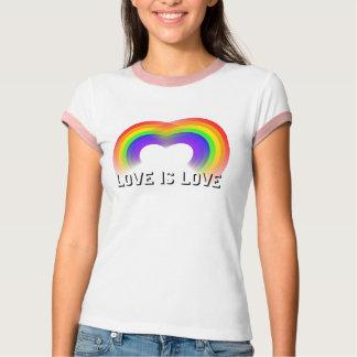 El amor es corazón del amor del orgullo gay de los polera