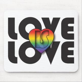 """El """"amor es corazón del arco iris del amor"""" alfombrilla de raton"""