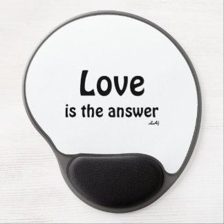 El amor es el negro de la respuesta en el gel blan