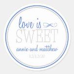 El amor es etiquetas dulces (azul/la plata) etiqueta redonda