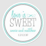 El amor es etiquetas dulces (trullo/el gris) pegatina redonda