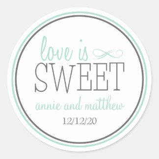 El amor es etiquetas dulces (verde/el gris) pegatinas redondas