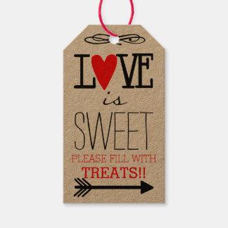 El amor es favor dulce de la huésped en el papel etiquetas para regalos