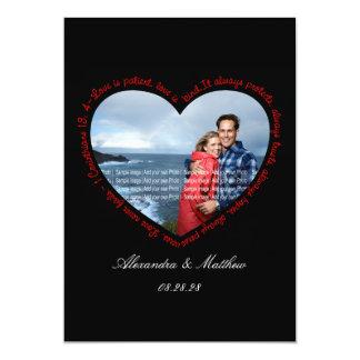 """El amor es negro y rojo pacientes del corazón de invitación 5"""" x 7"""""""
