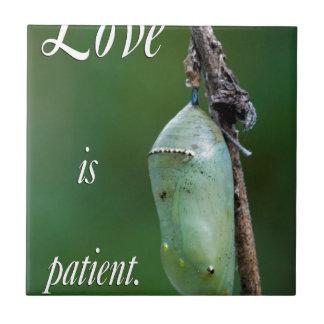 el amor es paciente azulejo cuadrado pequeño
