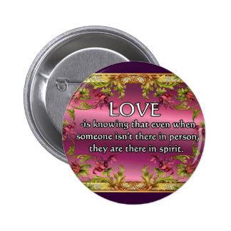 El amor es ..... poema en la parte posterior de la pins