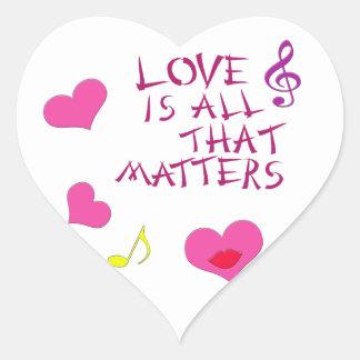 El amor es todo ese las materias pegatina en forma de corazón