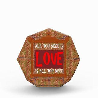 El amor es TODO lo que usted necesita - decir de