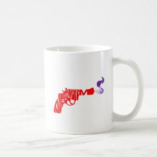 El amor es un arma caliente taza de café