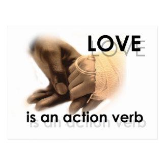 El amor es un verbo de la acción tarjetas postales
