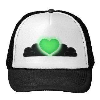 El amor es una luz en la oscuridad - corazón verde gorro de camionero