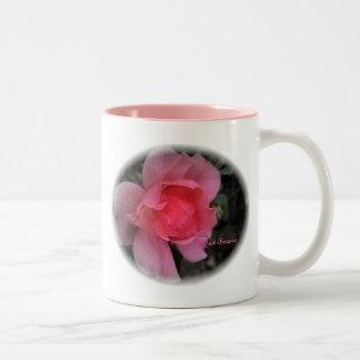 """El """"amor es una taza color de rosa hermosa"""