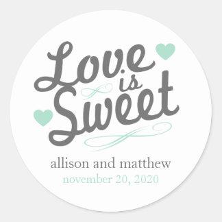 El amor es viejas etiquetas dulces de Fashioined Pegatina Redonda