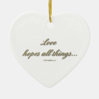 El amor espera que todas las cosas/amor aguante to ornamento de reyes magos