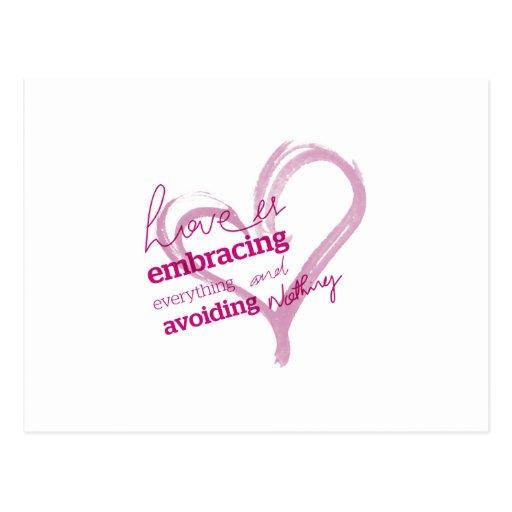 El amor está abrazando todo y no está evitando nad tarjeta postal