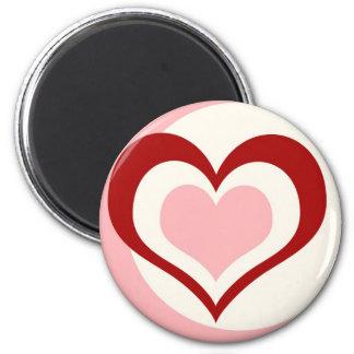 El amor está dentro del corazón imán redondo 5 cm